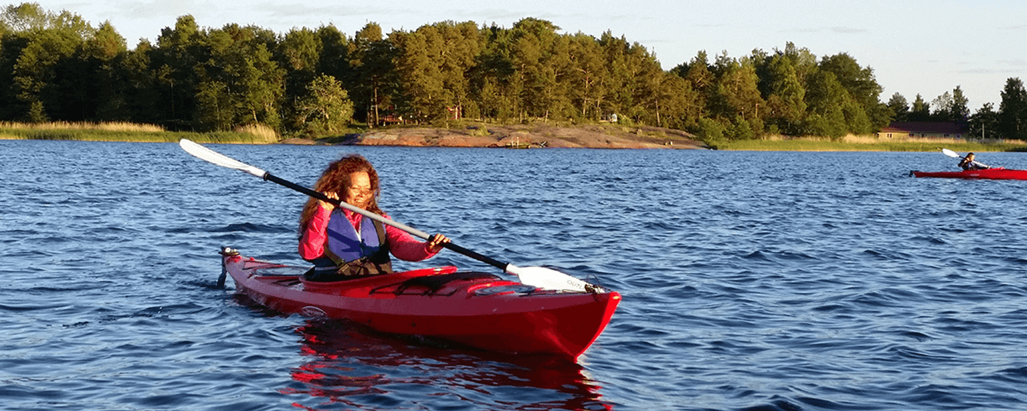 Bastö Hotel Activities – Kayaking