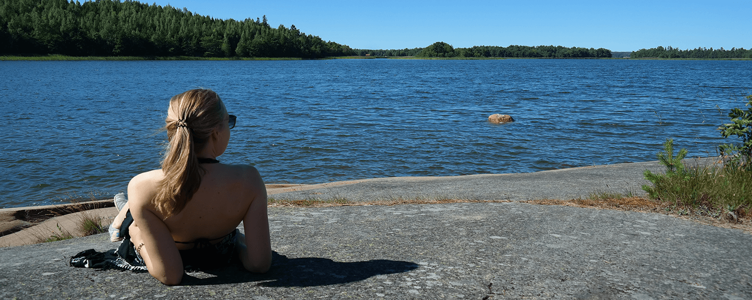 Bastö Hotel Activities – Swimming