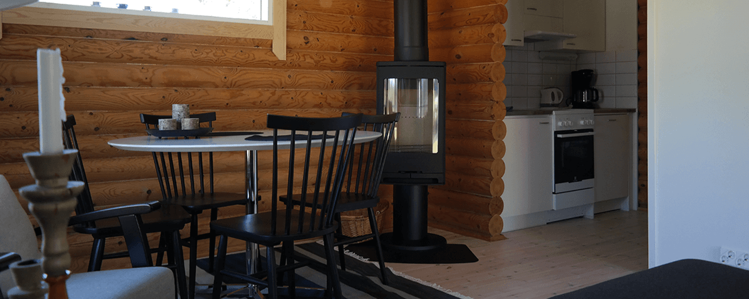 Bastö Hotel Luxury Cabin – Dining Area
